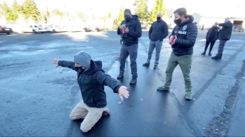 أكاديمية الشرطة تؤكد خفض تصعيد العنف على المدنيين في أمريكا.. وإعادة تدريب الضباط