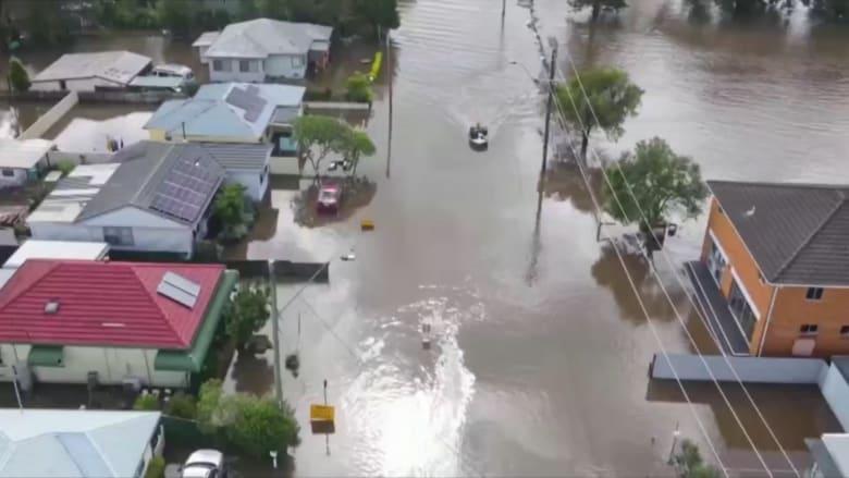 فيديو يظهر غرق مدن بعد فيضانات تاريخية في أستراليا