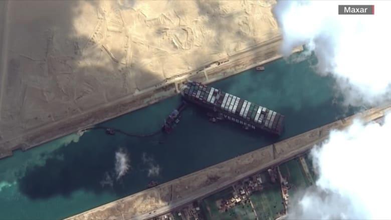 """تكثيف الجهود لتحرير سفينة """"إيفر غيفن"""" الجانحة بقناة السويس"""