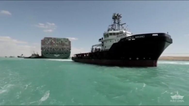 """شاهد.. تحرير سفينة """"إيفر غيفن"""" من مكانها بالكامل وإعادة تعويمها"""