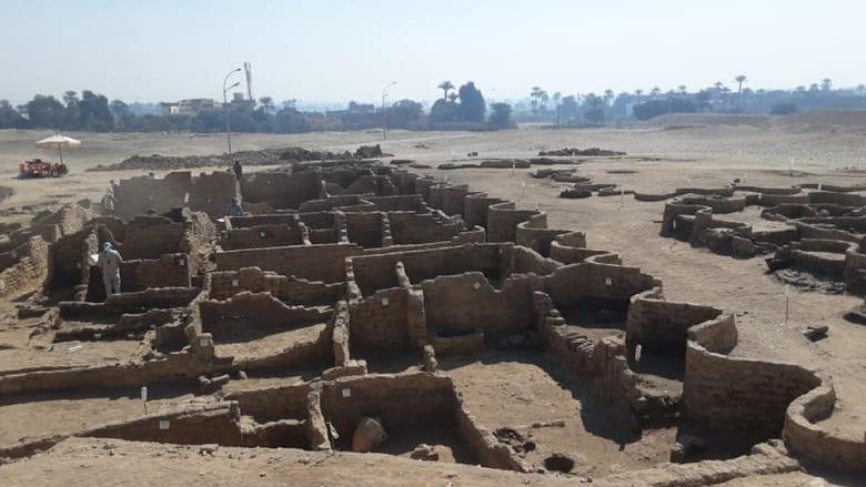 """في مصر..اكتشاف """"المدينة الذهبية المفقودة"""" تحت رمال الأقصر"""