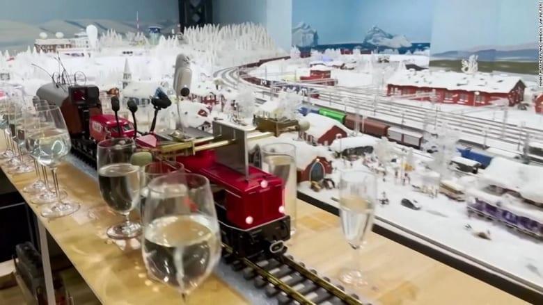 سجل عالمي جديد.. استمع إلى أطول لحن في العالم يعزفه نموذج قطار