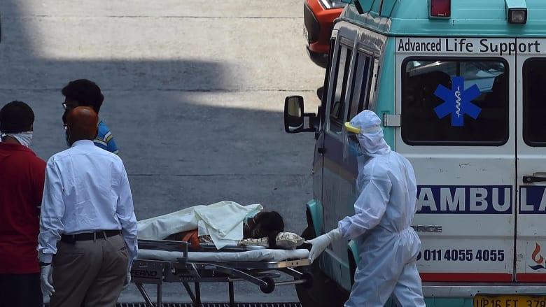 الهند غارقة في جحيم كورونا.. 4 آلاف وفاة و412 ألف إصابة في يوم واحد