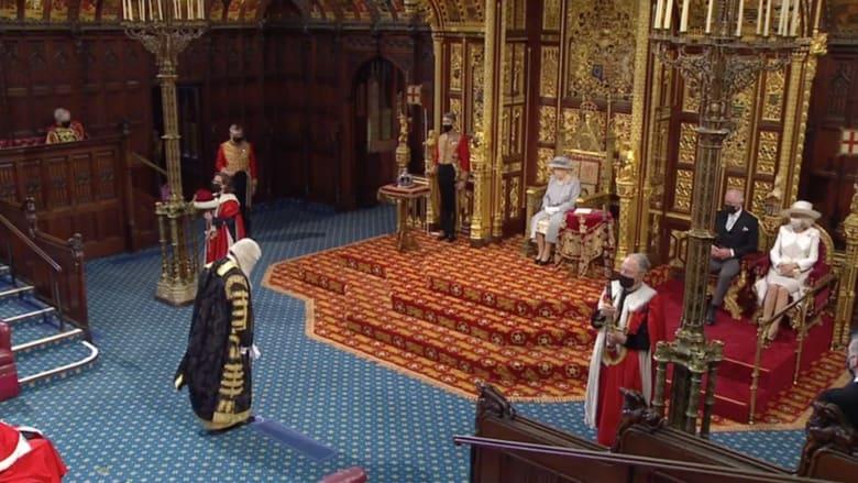 في أول ظهور لها بعد جنازة فيليب.. الملكة إليزابيث في الجلسة الافتتاحية للبرلمان