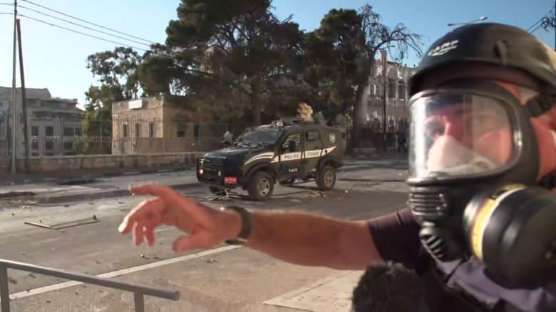 توجب عليهم الاحتماء على الهواء.. فريق CNN وسط اشتباكات بين الجيش الإسرائيلي وفلسطينيين