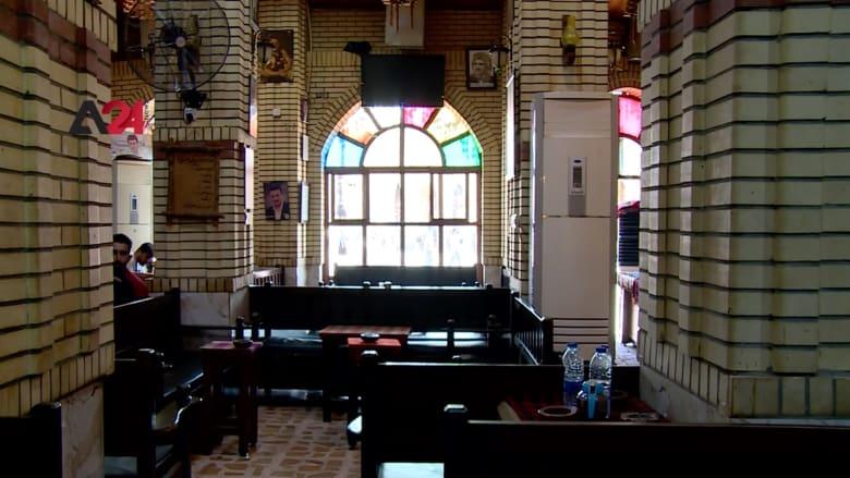 """بطراز عتيق.. مقهى """"مجكو"""" نقطة لقاء المثقفين والفنانين في أربيل بالعراق"""