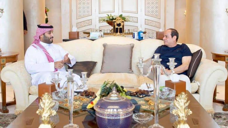 """تركي الحمد: لولا الدعم السعودي لربما أصبحت مصر """"عزبة فارسية"""" يعيث فيها الإخوان فسادًا"""