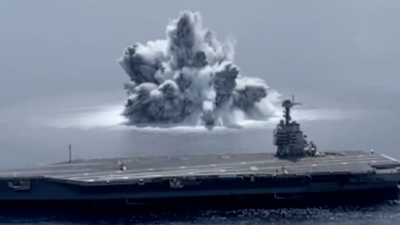 البحرية الأمريكية تحدث انفجارًا يتسبب في زلزال.. شاهد ما حدث