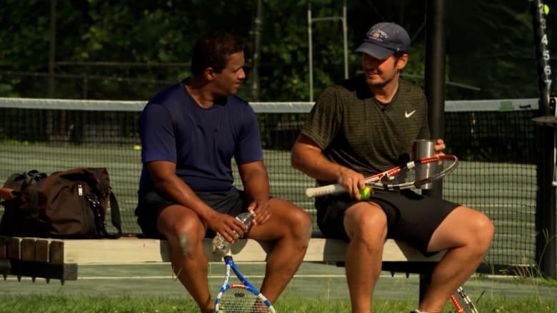 يضيف حوالي 10 سنوات إلى حياتك.. إليك بعض فوائد لعب التنس
