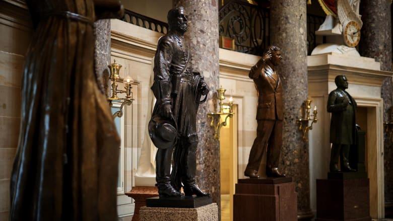 مجلس النواب الأمريكي يصوت لإزالة تماثيل أشخاص يرمزون للعبودية في الكابيتول