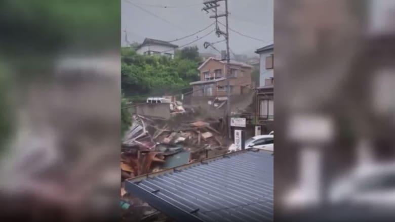 من زاوية جديدة.. كاميرا توثق لحظة وقوع الانهيار الأرضي في اليابان
