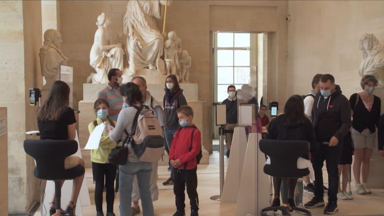 صناعة السياحة الفرنسية تتنفس الصعداء مع عودة المسافرين الأمريكيين إلى البلاد