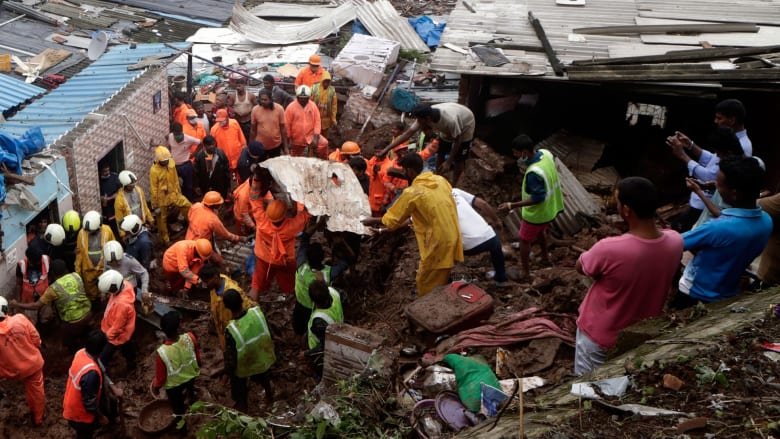 مصرع أكثر من 31 شخصا في انهيارات أرضية في الهند بسبب الأمطار الغزيرة
