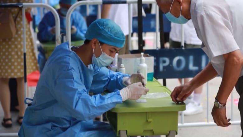 الصين تعزز تدابير فيروس كورونا مع ارتفاع أعداد الإصابات