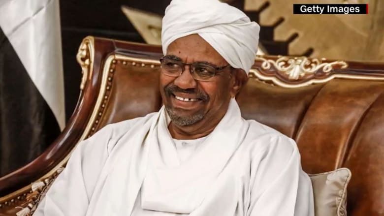 محامي البشير لـCNN: قرار تسليمه للمحكمة لجنائية الدولية مؤامرة وسيكون كارثة على السودان
