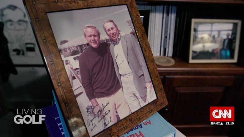 قابلوا الرجل الذي كان اليد اليمنى لأسطورة الغولف أرنولد بالمر