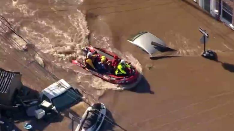 مقاطع جوية تظهر غرق مناطق أمريكية في فيضانات إعصار أيدا