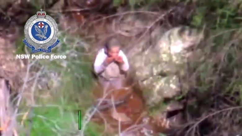 بعد غيابه لـ3 أيام.. العثور على طفل عمره 3 سنوات وسط غابة بأستراليا