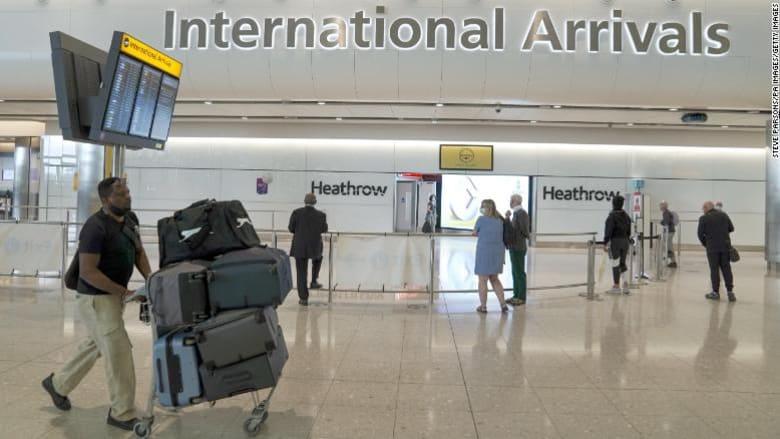 """منها مصر وتركيا وباكستان.. المملكة المتحدة تعلن إزالة 8 دول من """"القائمة الحمراء"""" وغيرها من قيود السفر المخففة"""