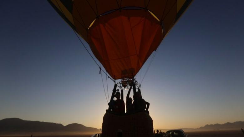 """انطلاق أول مهرجان مناطيد في """"المثلث الذهبي"""" بالأردن"""