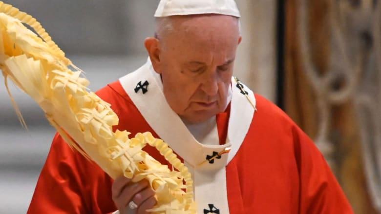 الفاتيكان يرد على تقرير عن اعتداء رجال دين كاثوليك في فرنسا على الأطفال جنسياً
