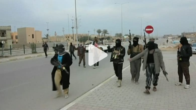 """آثار الاشتباكات مع """"داعش"""" بالرمادي"""