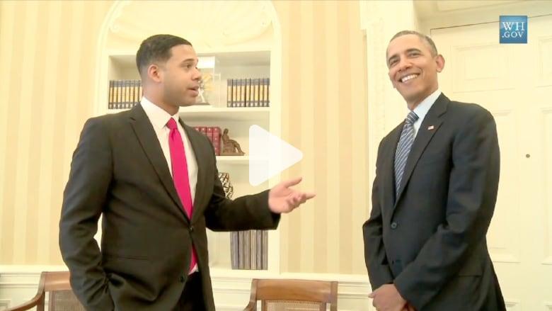 أوباما يستقبل الكوميدي الذي يقلده على يوتيوب