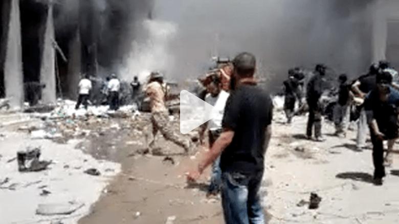 بالفيديو..  سيّارة مفخّخة تستهدف مسجدًا في إدلب