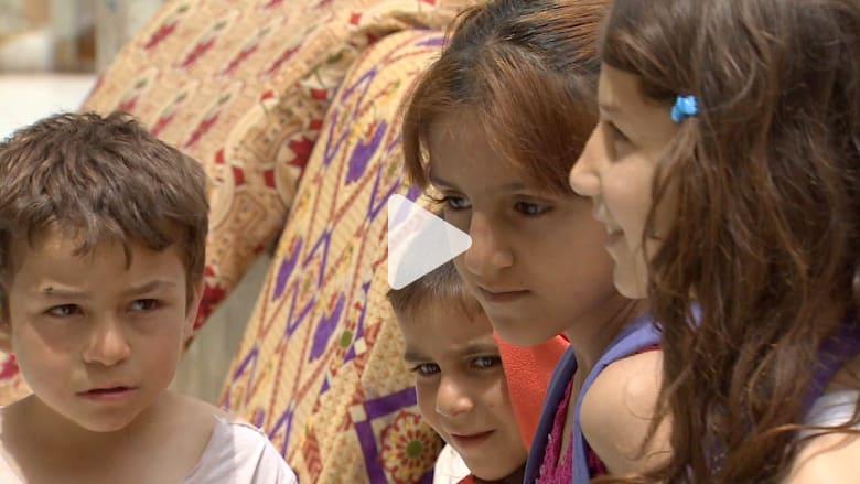 كيف تحول مركز للتسوق في طرابلس إلى مأوى للاجئين السوريين