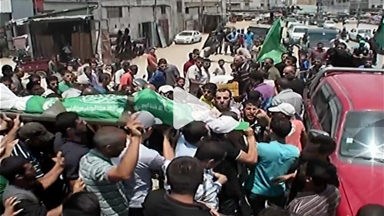 تشييع جنازة فلسطيني قتل بغارة إسرائيلية
