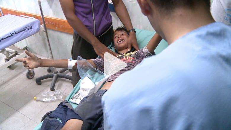 الموت يزور غزة باكرا ولا أمان في محيط المقابر