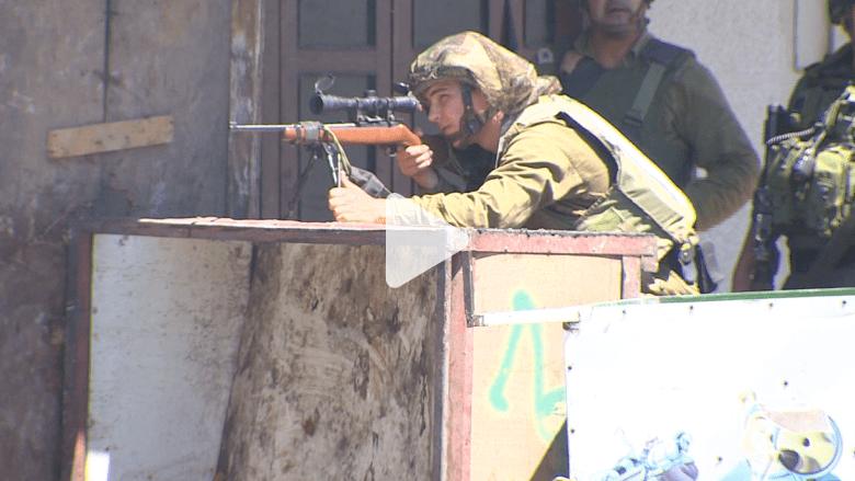 اشتباكات في الخليل بين فلسطينيين والشرطة الإسرائيلية