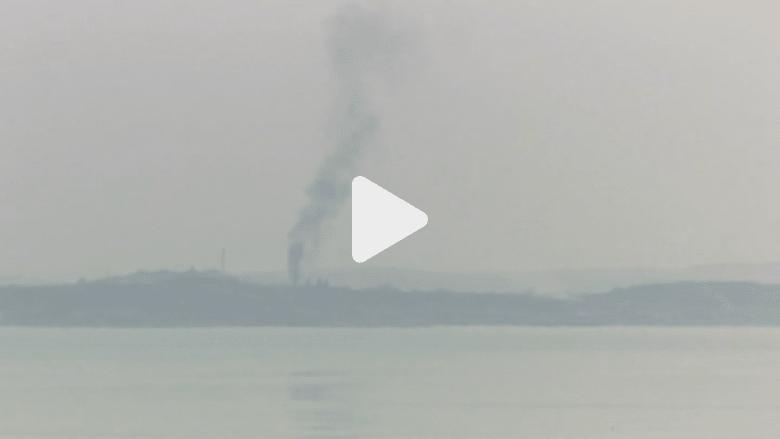 شاهد تصاعد أعمدة الدخان من سد الموصل