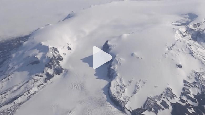 في أيسلندا .. بركان يزلزل الأرض الجليدية ويعيق الملاحة الجوية