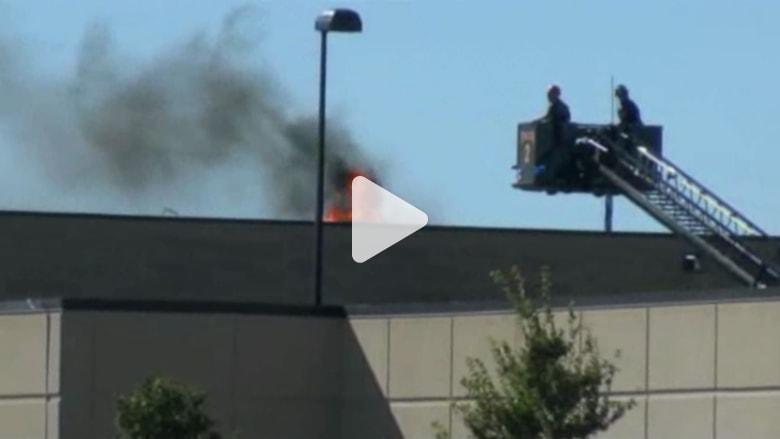 بالفيديو.. اللحظات الأولى بعد تحطم طائرة في كنساس
