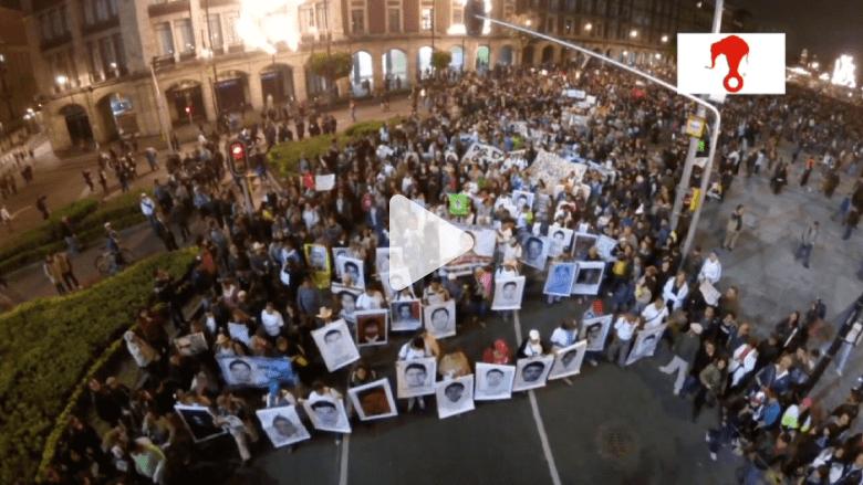 """مظاهرات عنيفة بالمكسيك بسبب اختفاء 43 طالبا يعتقد أنهم ماتوا """"حرقا"""""""