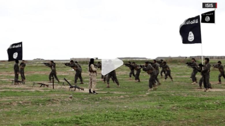 كيف يغسل داعش عقول الشباب عبر الانترنت؟