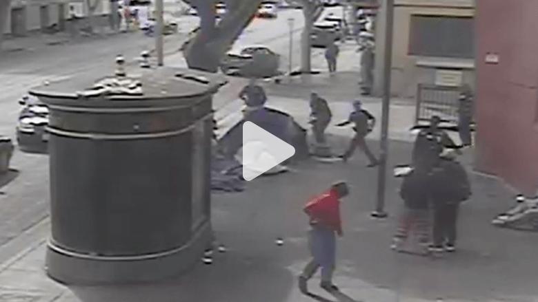 فيديو جديد يظهر تفصيل إطلاق النار في لوس أنجلوس
