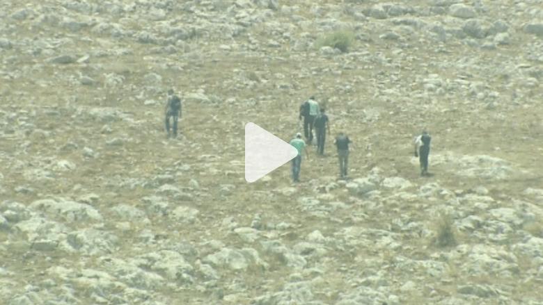على الحدود التركية.. CNN تلتقي مهربين لنقل مقاتلين في طريقهم لسوريا