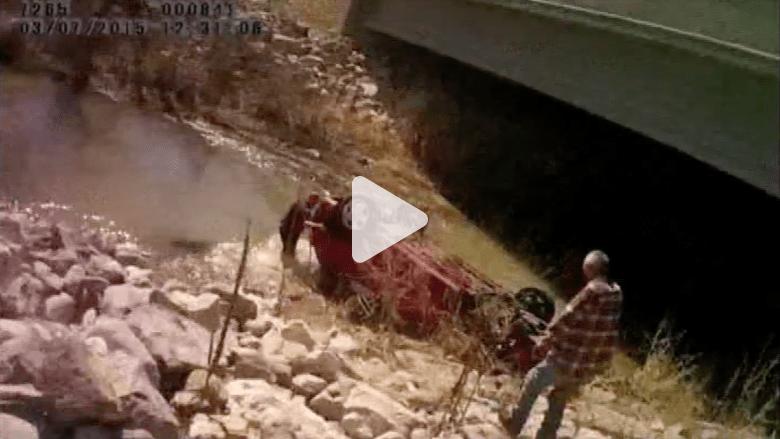 بالفيديو.. شاهد انتشال طفلة حية بعد ساعات من غرق  سيارة في النهر