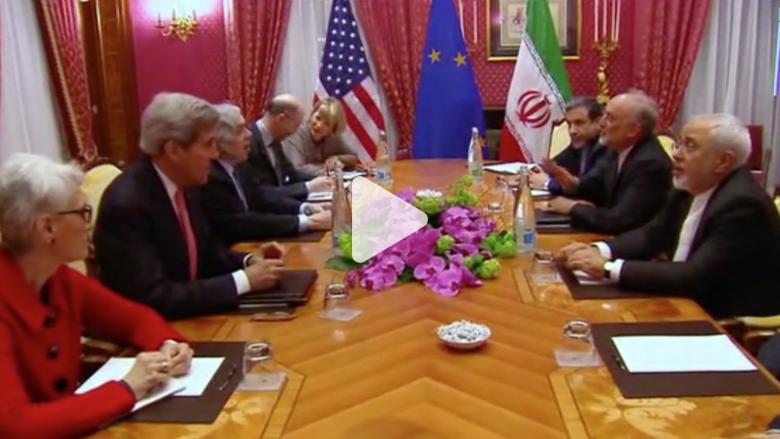 بالفيديو.. وزير الخارجية الإيراني يبحث مع كيري سبل وقف عملية عاصفة الحزم