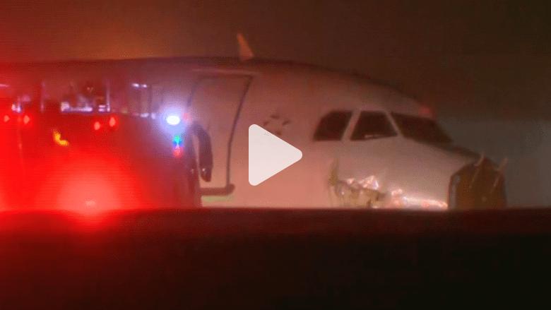 بالفيديو: طائرة كندية تخرج عن المدرج أثناء الهبوط وإصابات بين الركاب