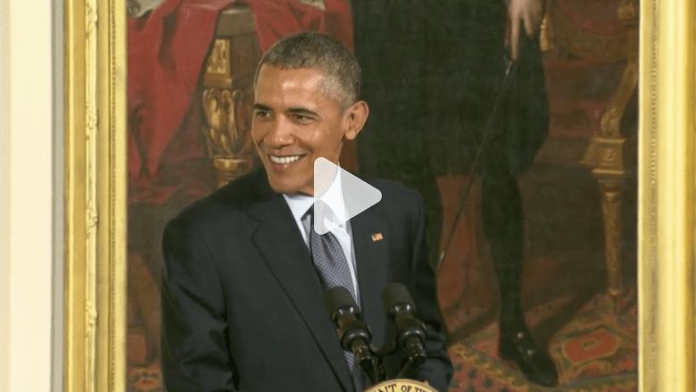 أوباما يمازح ضيوفه: أحتاج للصلاة وحزين لأن بناتي يكبرن