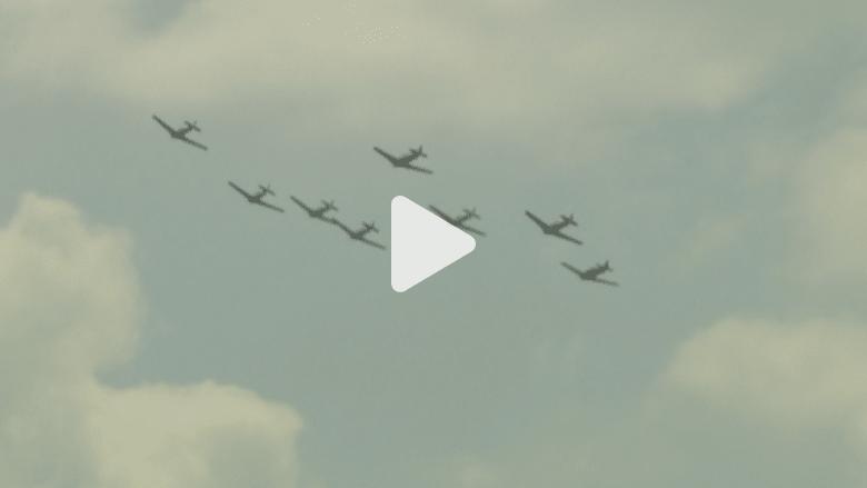 بالفيديو.. عروض طيران لطائرات الحرب العالمية الثانية بواشنطن