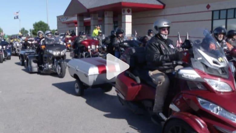 بالفيديو.. مئات الدراجات برحلة إلى واشنطن لتكريم المحاربين القدامى