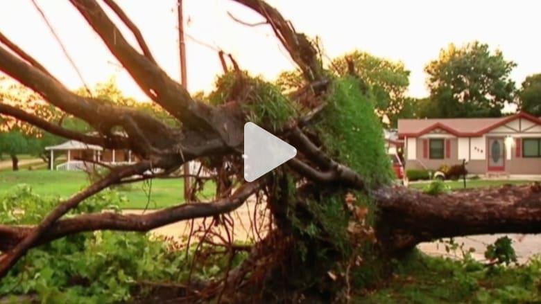 بالفيديو.. بعد العاصفة شاهد ماذا حل بمنازل فلوريدا
