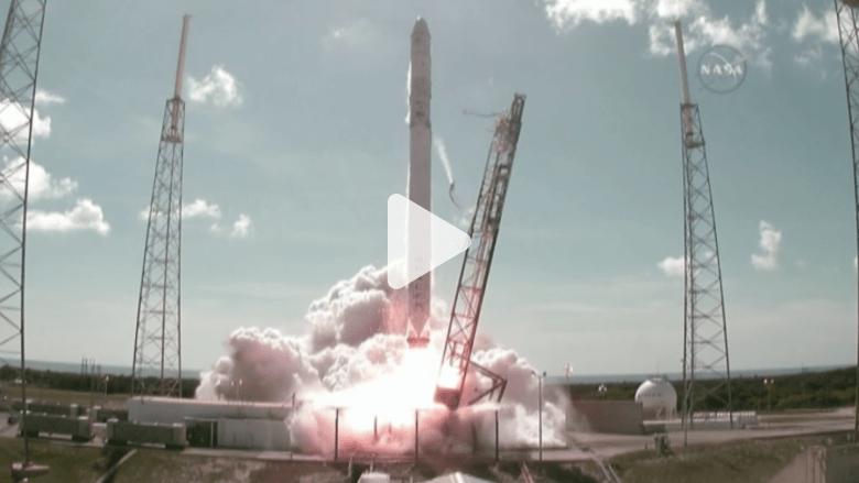 شاهد.. لحظة انفجار صاروخ بعد انطلاقه بمهمة فضائية