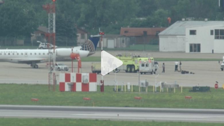بالفيديو.. راكب يجبر طائرة أمريكية على الهبوط الاضطراري
