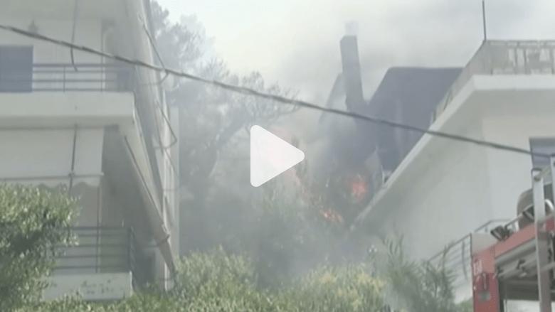 بالفيديو.. ثلاث حرائق كبيرة في غابات اليونان