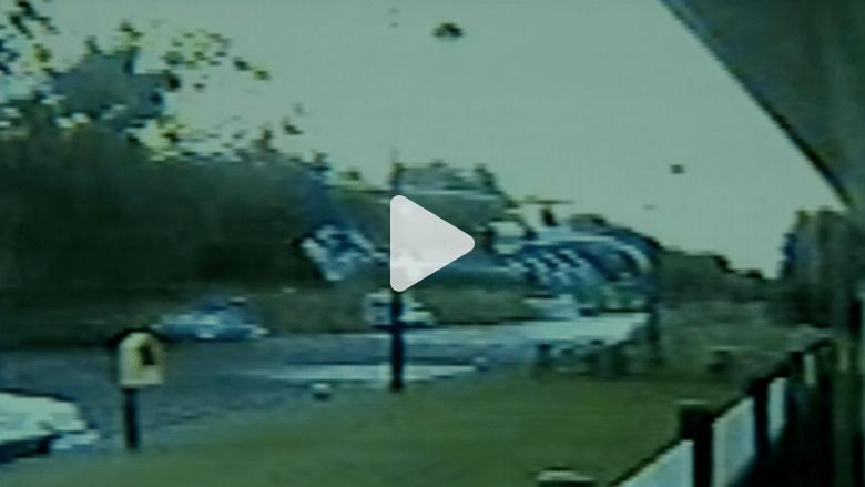 بالفيديو.. لحظة تحطم طائرة مروحية في لونغفورد بأيرلندا